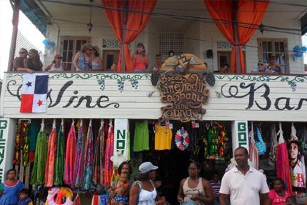 Panama Turismo | Wine Bar, Bocas del Toro