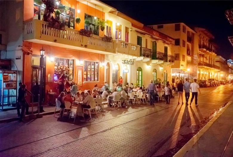 Viajes a Panama | Noche en el Casco Antiguo, Panama Ciudad
