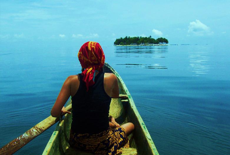 Viajes a Panama | Kuna en Piraguas, San Blas