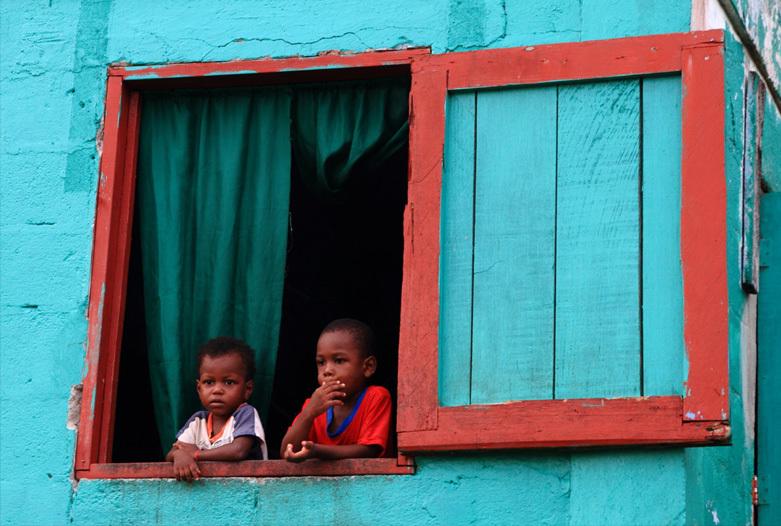 Viajes a Panama | Niños curiosos, Bocas del Toro