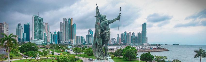 Panama Ciudad _ Cinta Costera.jpg